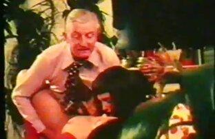 رجل عرب نار رجال مع الفجل صغيرة الشد عاهرة الأحمق